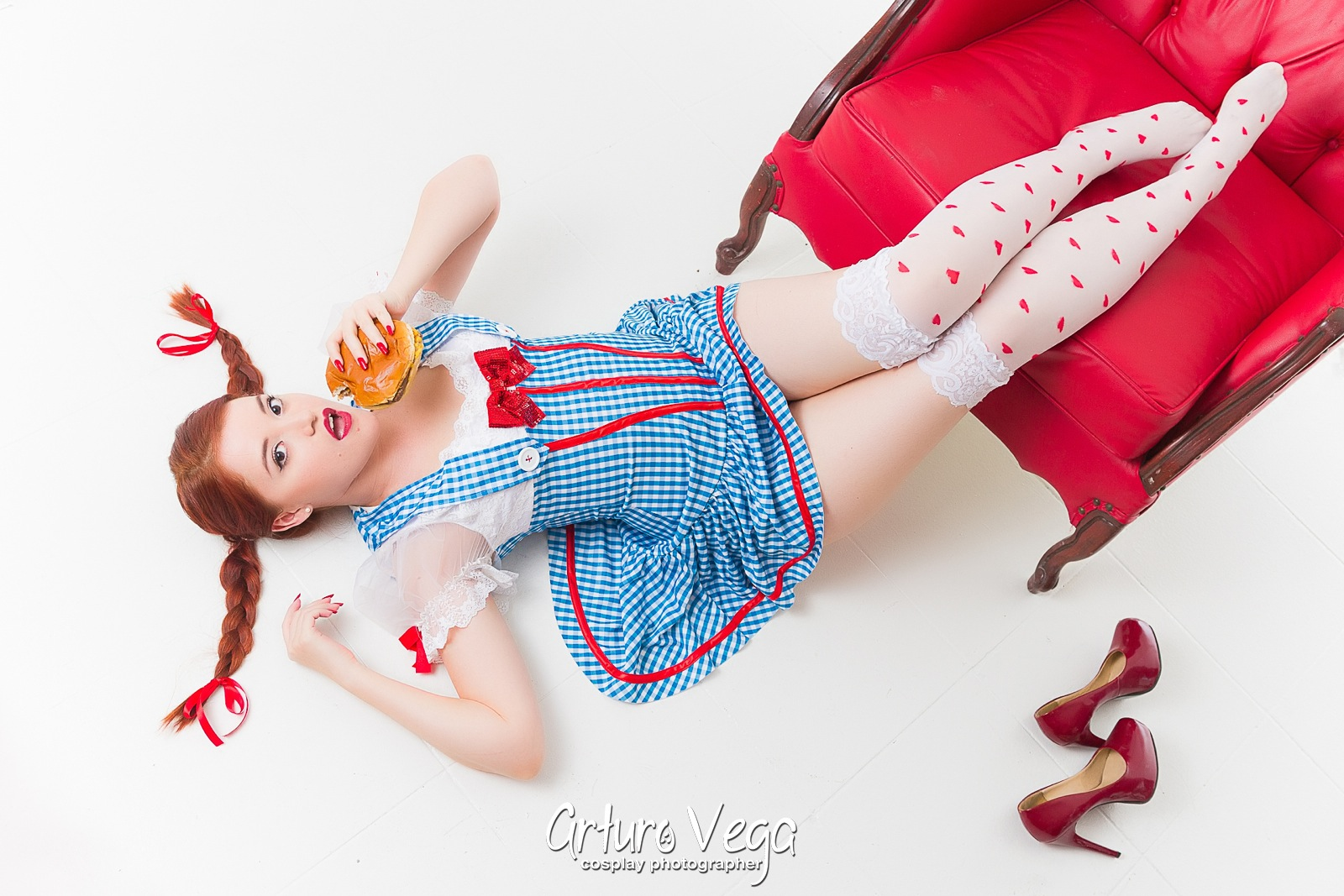 Sexy-Wendys-Pinup-Cosplay